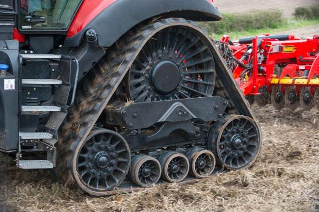 caseih_traktori_magnum_648 (14)