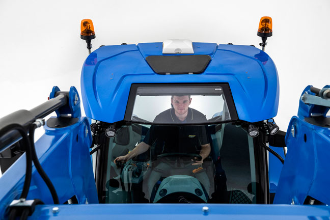 new-holland-traktori-T5-dct-648-32