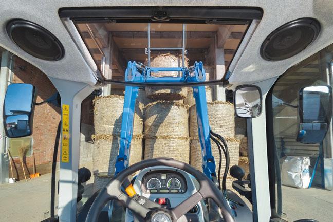 new-holland-traktori-T5-dct-648-33